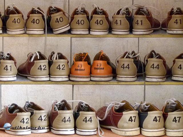 Darovansky Dvur automata bowlingpálya cipők