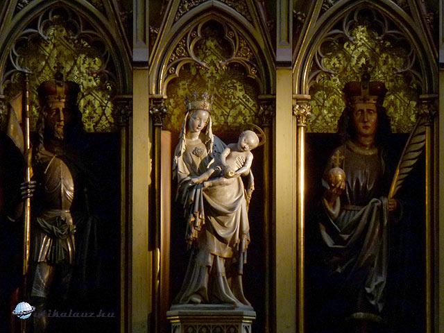 Pilsen Szent Bertalan templom Pilseni Madonna szobor oltár