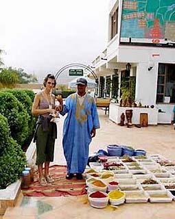 marokkó találkozik nő telefonál keres az ember most