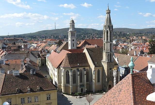 Fo-ter-Kecsketemplom-Sopron-utikalauz-gyorffya