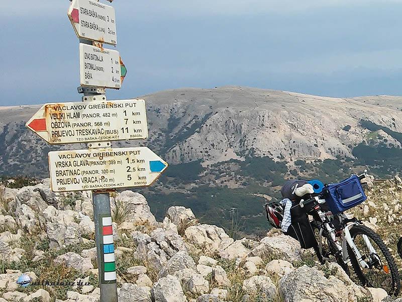 Baska hegytető tábla