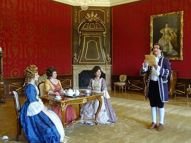Pápa - Esterházy-kastély - Betekinthettünk a főúri életbe