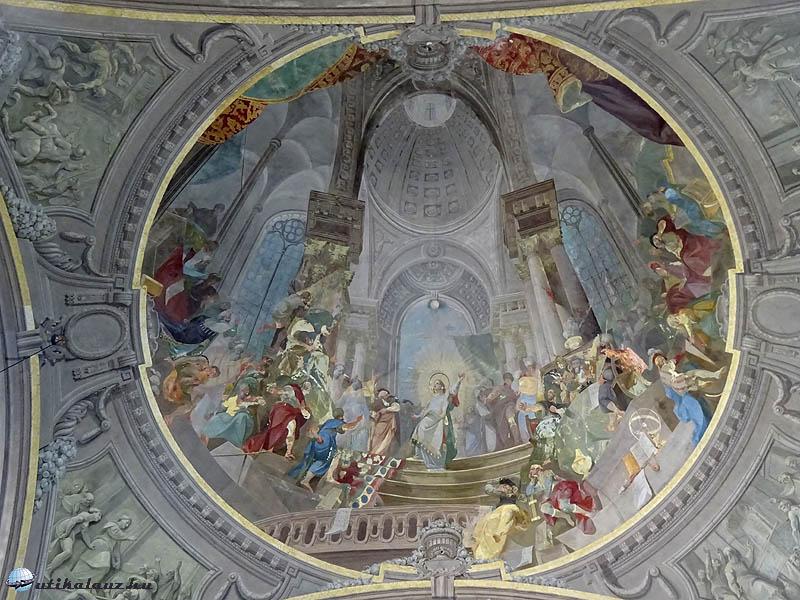 Franz Anton Maulbertsch egyik freskója a pápai Nagytemplomban