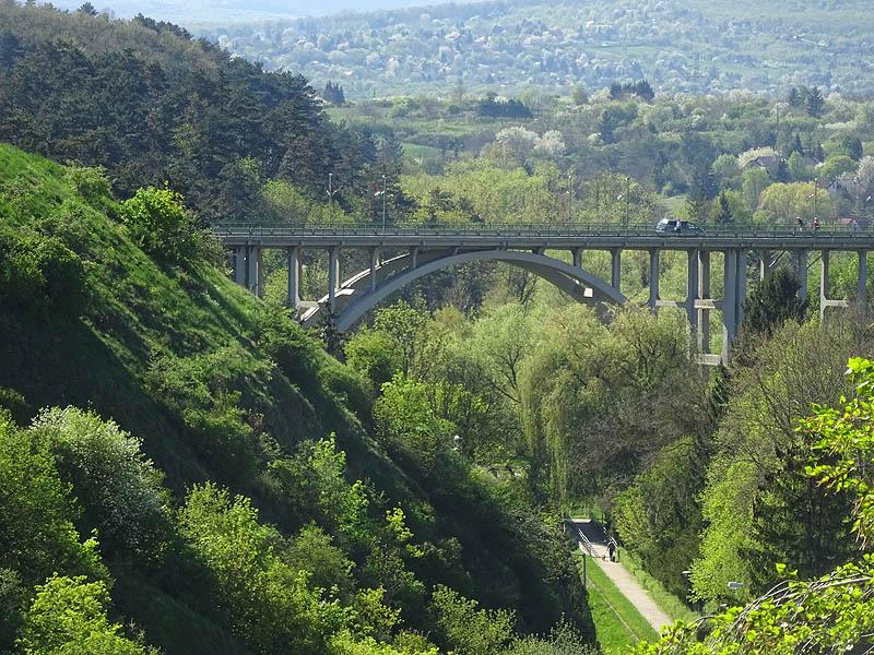 Veszprémi viadukt