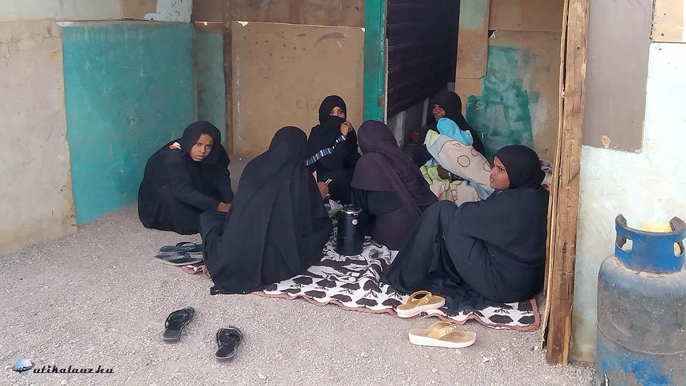 Beduin asszonyok hétköznapja