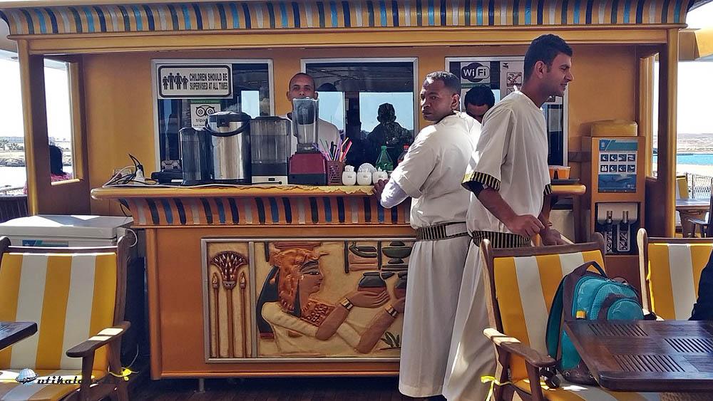 Nefertari fedélzetén